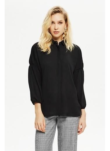 NaraMaxx Kolu Lastik Detaylı Gömlek Siyah